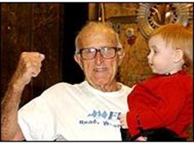 94 yaşında Empire yarışında